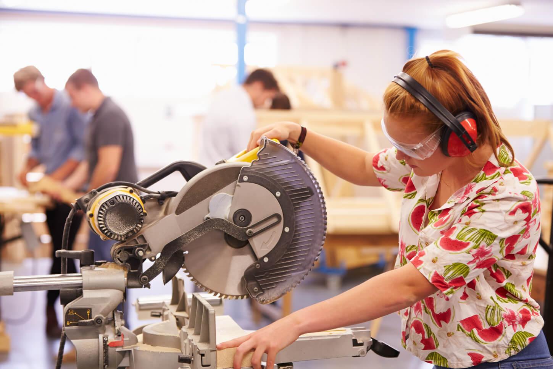 تحصیل در رشته های فنی حرفه ای در استرالیا
